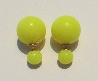 Double pearl earrings geel