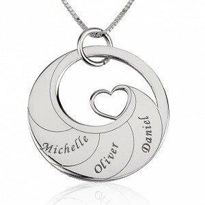 3 namen -  Naamketting cirkel met 3 namen gegraveerd en hart sterling zilver 925