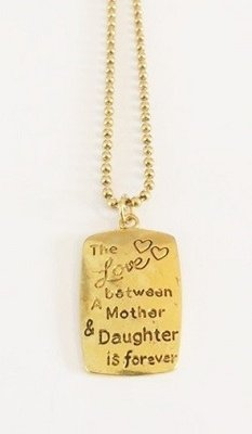 Bedel met RVS ketting (80cm) the love between a mother and a daughter is forever goudkleurig