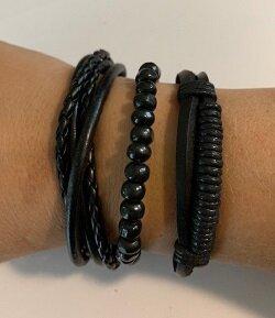 3 zwarte handgemaakte leren armbanden